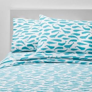 NEW Pillowfort Friendly Fins Blue Whale Sheet Set